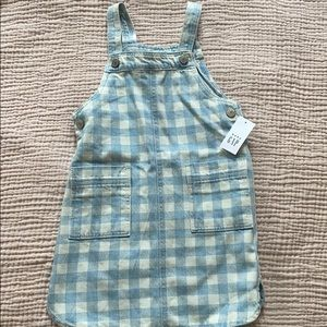 Gap dress size 4Y